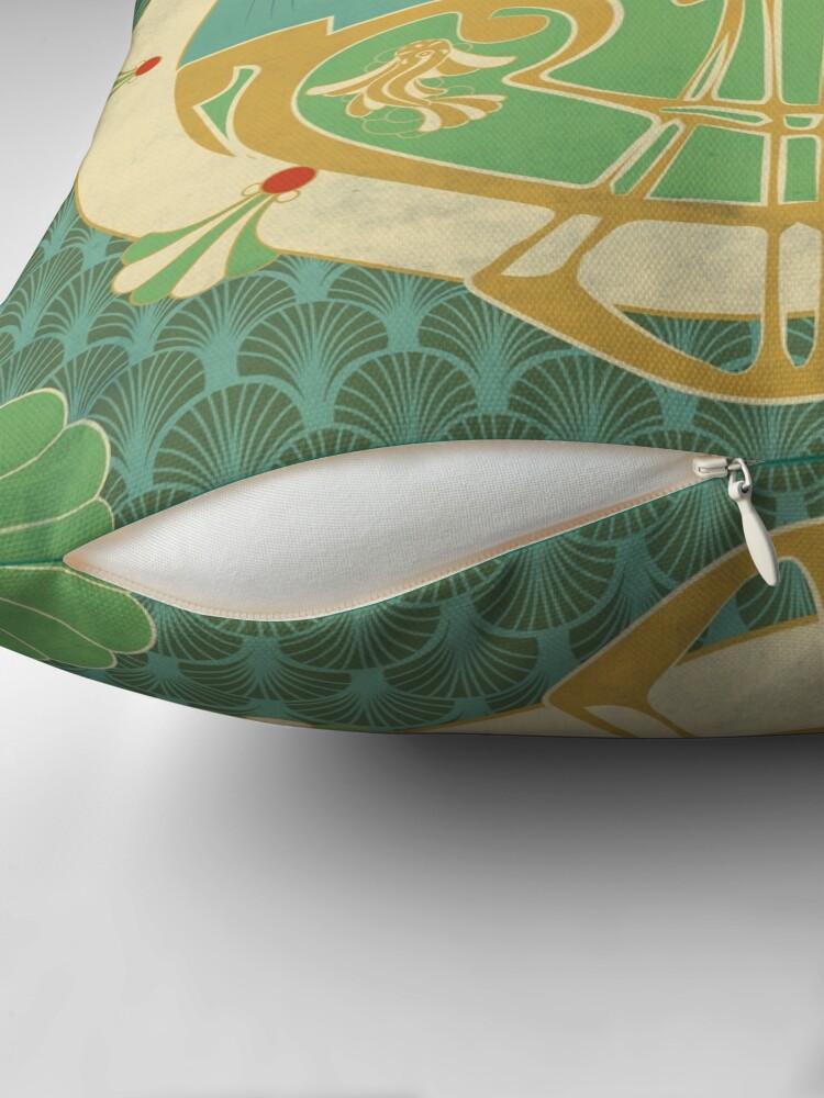 Coussin de sol ''Parure Poisson bleu - Illustration Art Nouveau': autre vue