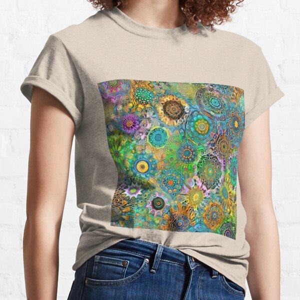 Deepdream abstraction Classic T-Shirt
