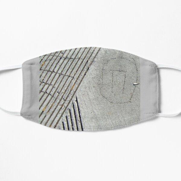 Rune in Concrete Flat Mask