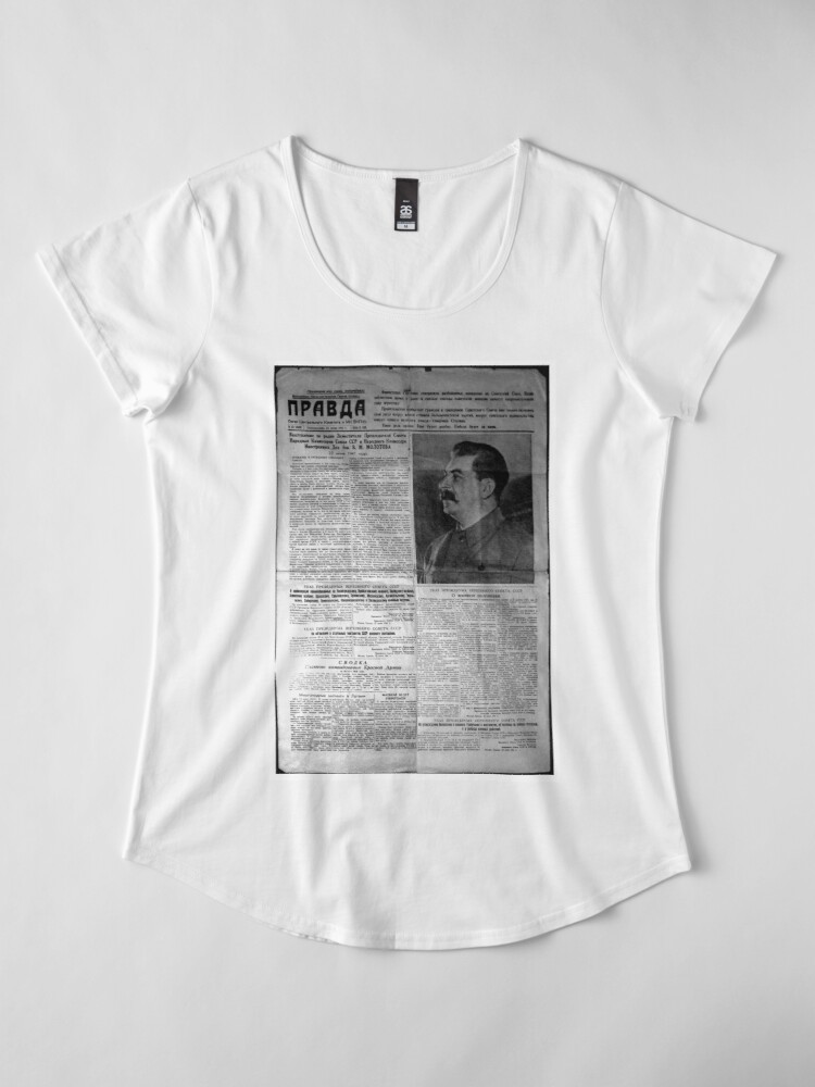Alternate view of The front page of Pravda on 23 June 1941, including a printed radio speech by Molotov Premium Scoop T-Shirt