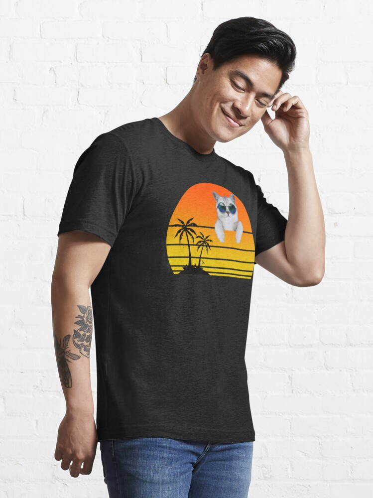 Alternate view of A cat with sunglasses at sunset Essential T-Shirt