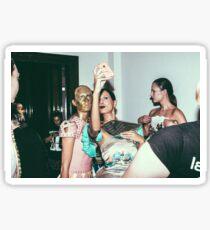 """London Fashion Week """"Selfie"""" Sticker"""