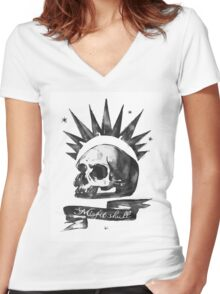LIFE is STRANGE · Chloe Price's t-SHIRT 'MISFIT SKULL' Women's Fitted V-Neck T-Shirt