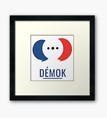 Démok! Votre application de consultation citoyenne Framed Print