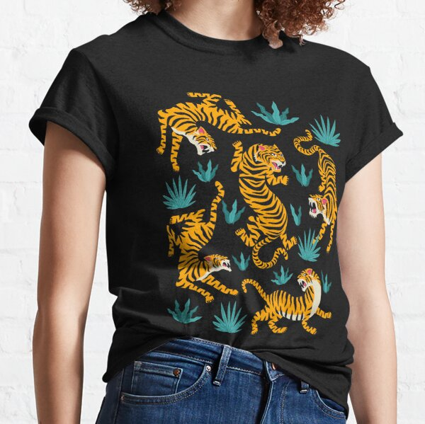 Tigers and tropical leaves Classic T-Shirt