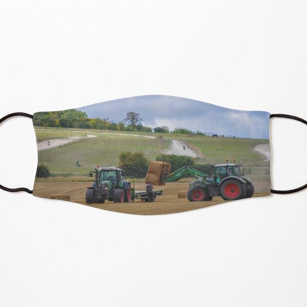 2 Fendt Traktoren laden Stroh Maske für Kinder