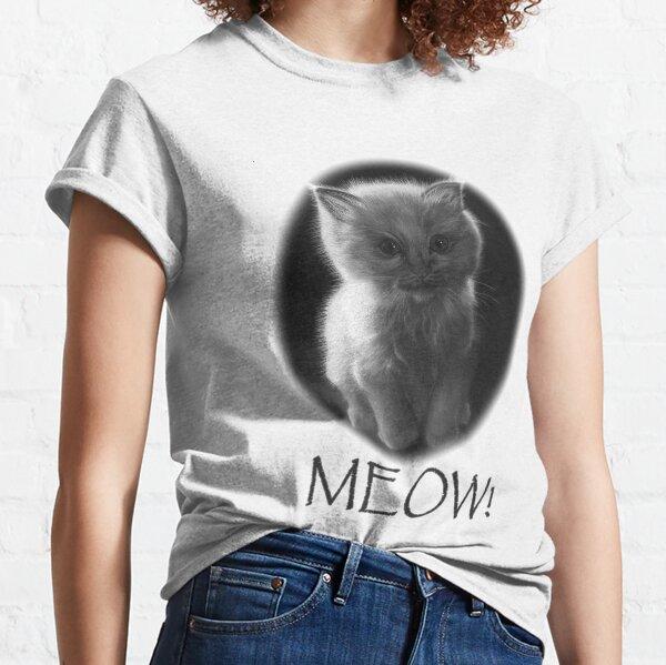 Cute meowing kitten Classic T-Shirt