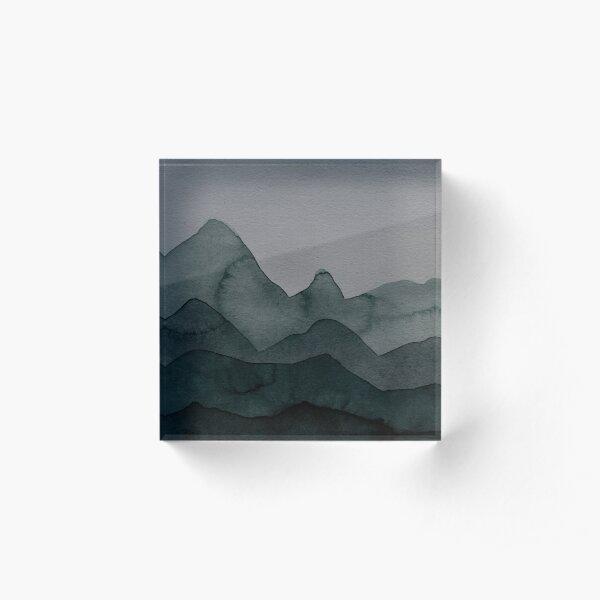 Berge in Grau, Grün, Schwarz, Petrol, Wald Acrylblock