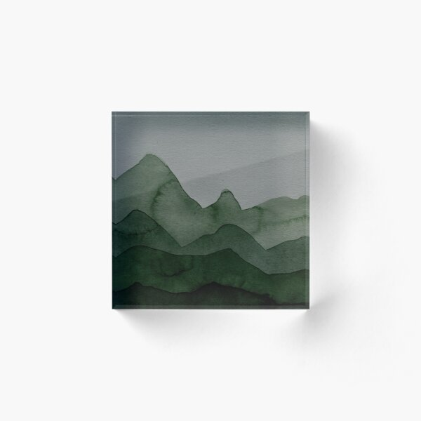 Berge in Grün, Grau, Schwarz, Wald Acrylblock