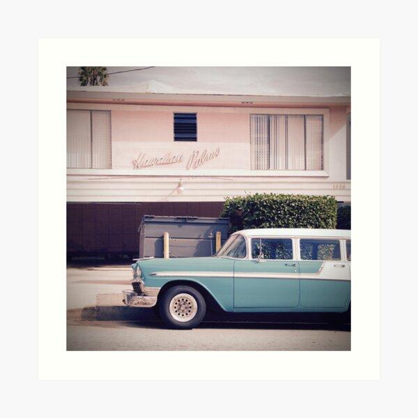 Oldtimer im Hawaian Palms, Los Angeles, Kalifornien  Kunstdruck