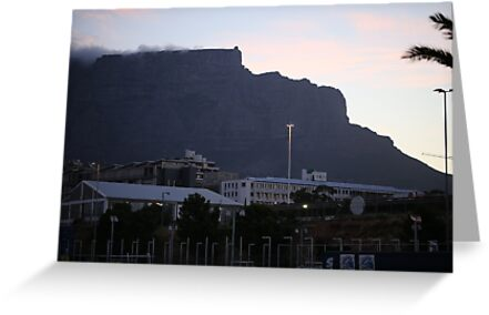 Iconic Table Mountain in Cape Town by renprovo