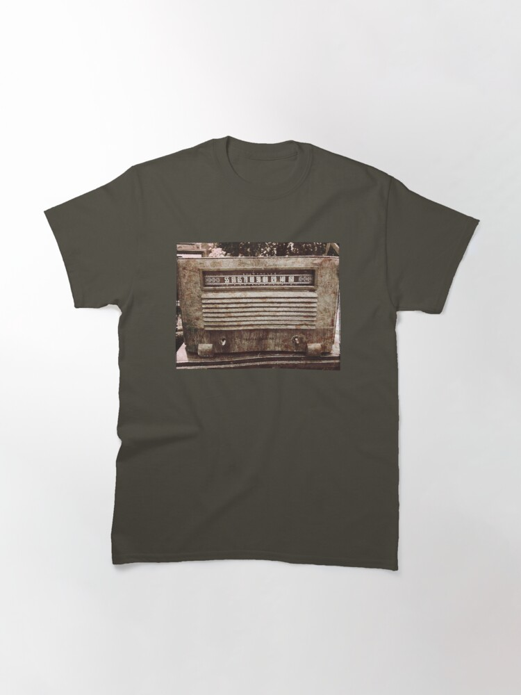 Alternate view of Classic Oldies Fan - Old Vintage Radio photography Classic T-Shirt