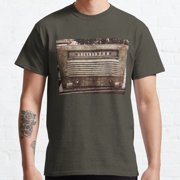 Classic Oldies Fan - Old Vintage Radio photography Classic T-Shirt