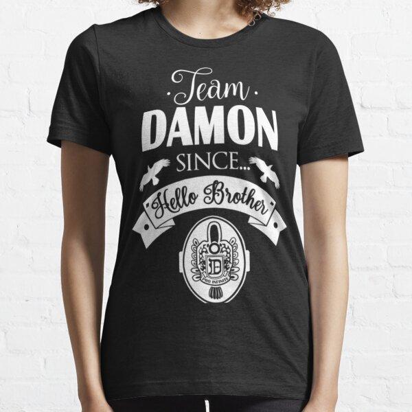 Equipo Damon desde Hello Brothers Camiseta esencial