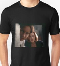 Mulder & Scully Unisex T-Shirt