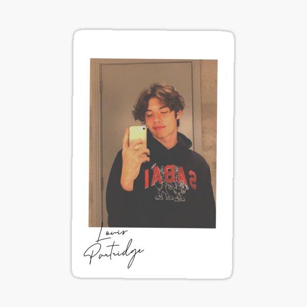 Louis Partridge Polaroid Pegatina