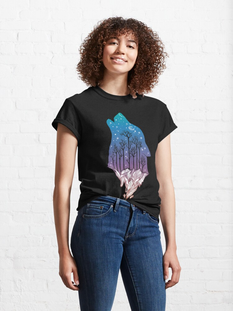 Alternate view of Lone Wolf Howling at the Moon in a Forest on a Mountain Range Classic T-Shirt
