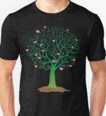 LOVE TREE beautiful oak with love hearts Unisex T-Shirt