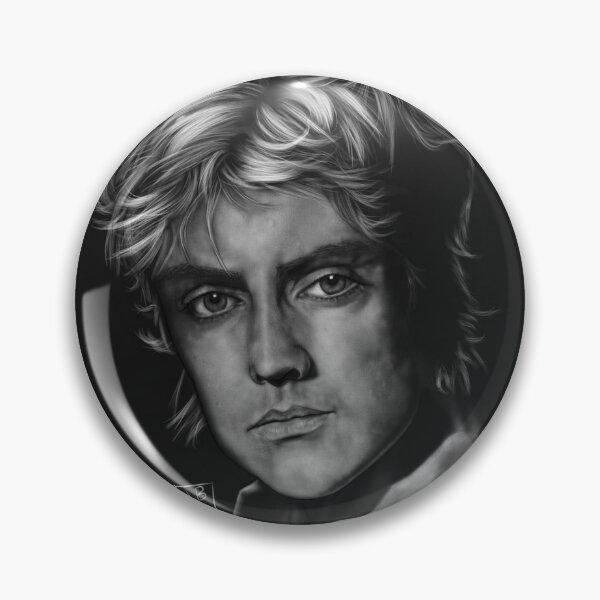 Roger Noir Pin