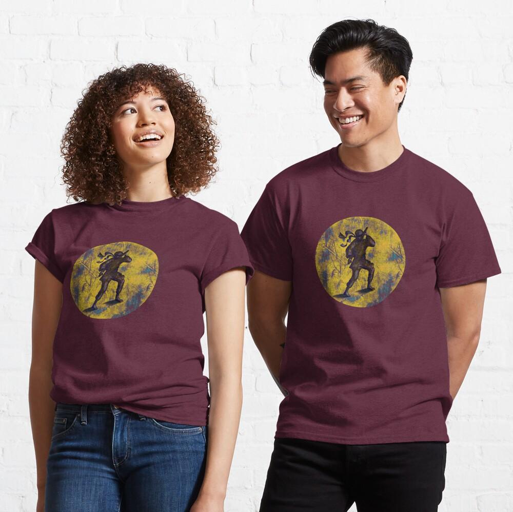 Ninja in a moon Classic T-Shirt