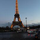 Paris at night. by tempuros