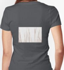 Reeds Women's Fitted V-Neck T-Shirt