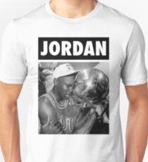 Michael Jordan (Championship Trophy BW) Unisex T-Shirt