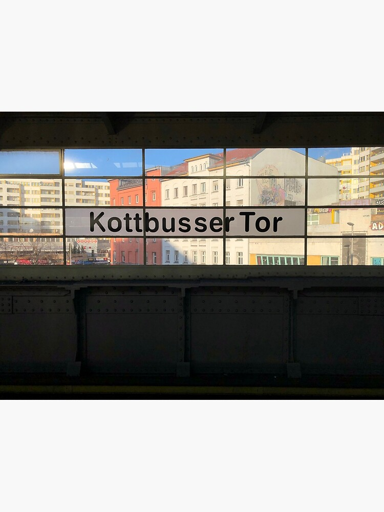 U Kottbusser Tor by Ginge-n-Tonic