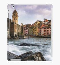 Vernazza Waves iPad Case/Skin