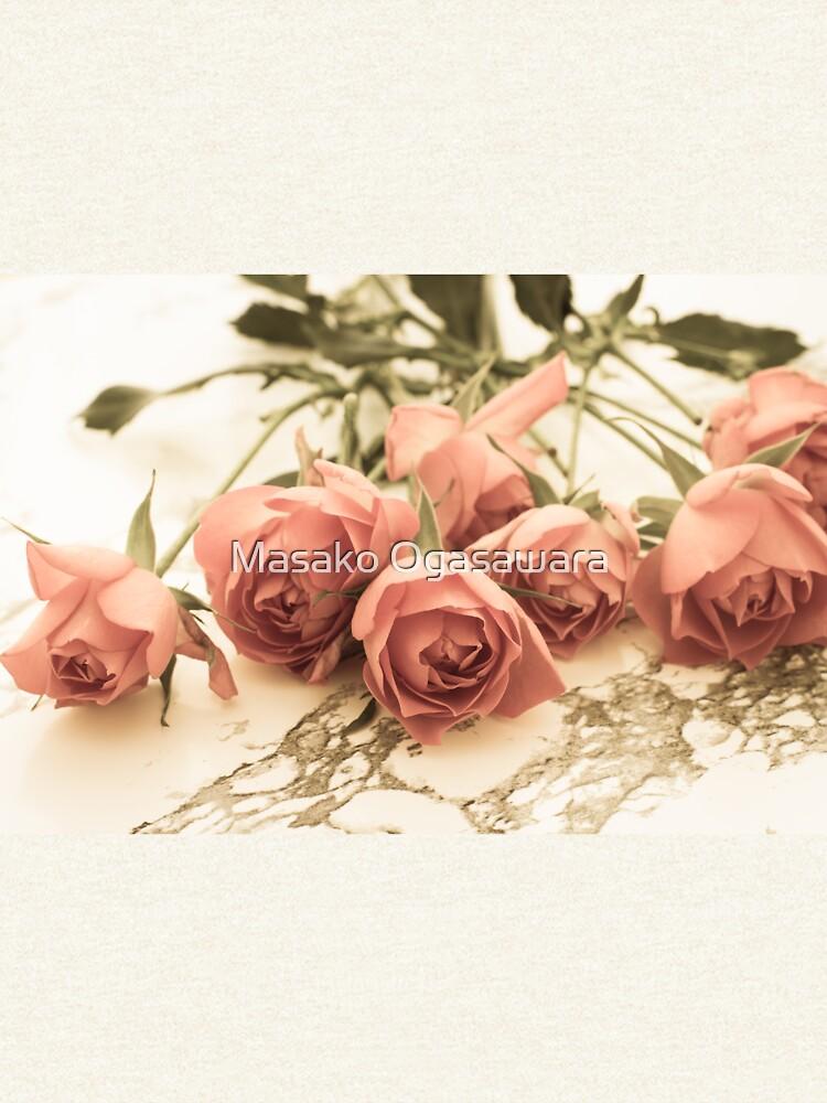 antique roses by yumehana