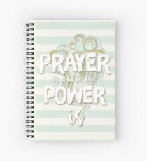 Pastell Stripy Blau und Creme Leistungsstarke Gebet Zitat Spiralblock