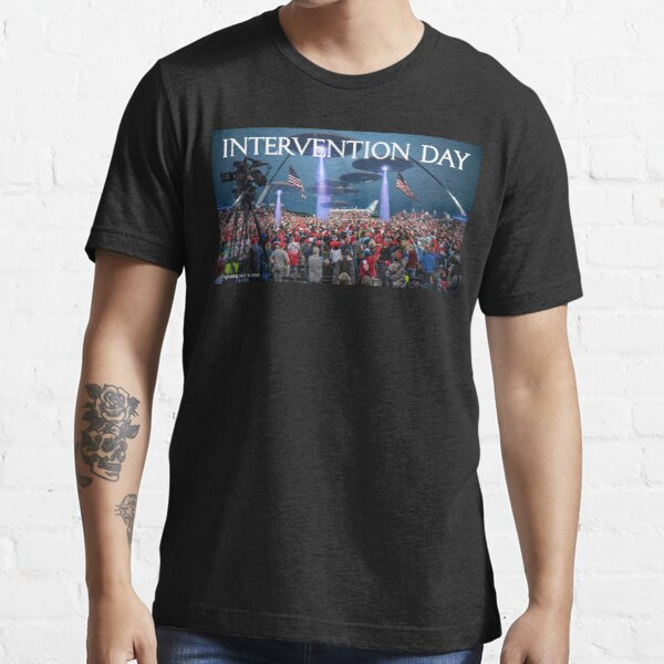 Intervention Day Essential T-Shirt