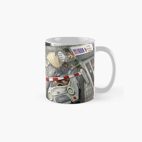 Checkpoint Charlie, Berlin Wall Classic Mug