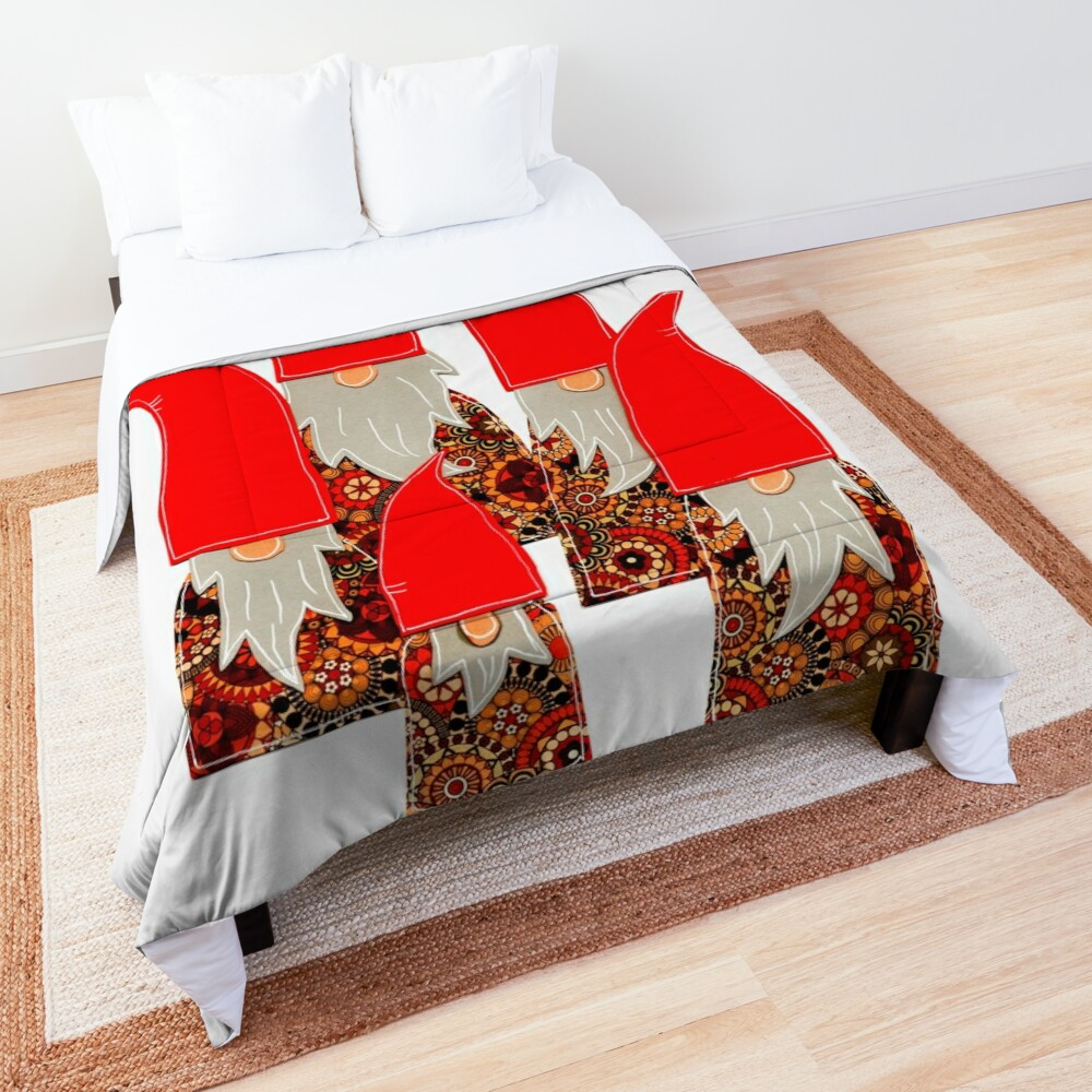 Nice or naughty? Christmas elves are keeping records! Comforter