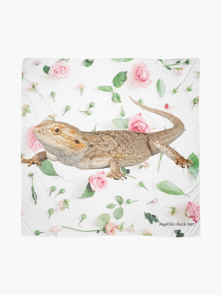 Alternate view of Bearded Dragon On A Carnation Background Scarf