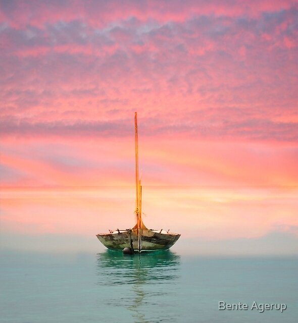 Boat in Sunset by Bente Agerup