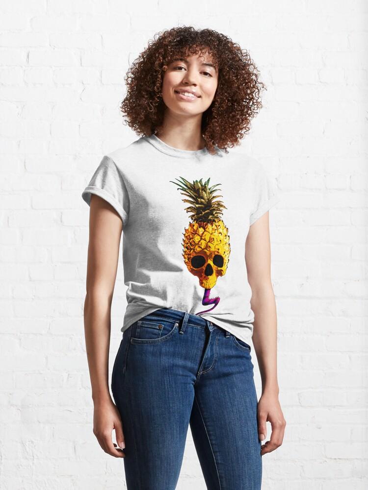 Alternate view of Skull Pineapple - Grunge Fruit Skull Classic T-Shirt