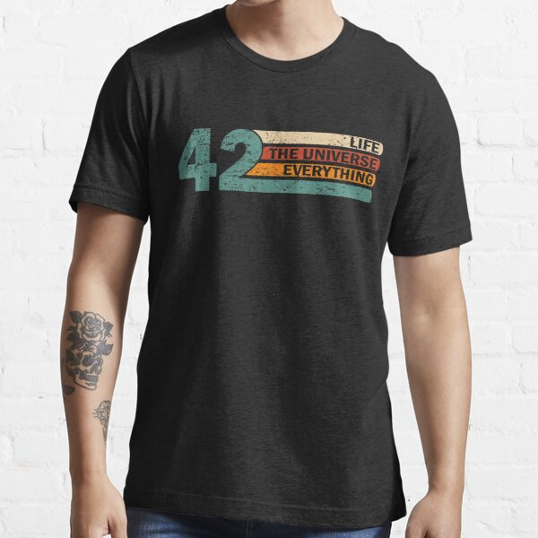 42 Answer to Life Universe and Everything Funny Vintage Gift Idea  T-Shirt Essential T-Shirt
