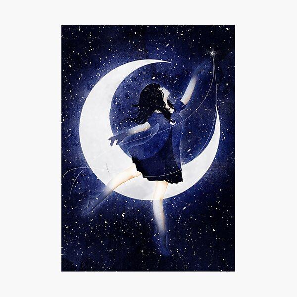 Das Mondkind tanzt durch die Nacht Fotodruck