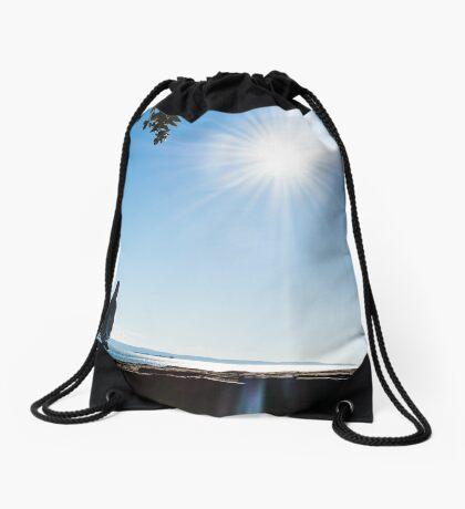 Bird on sunny day Drawstring Bag