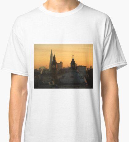 Schöner London-Wintermorgen Classic T-Shirt