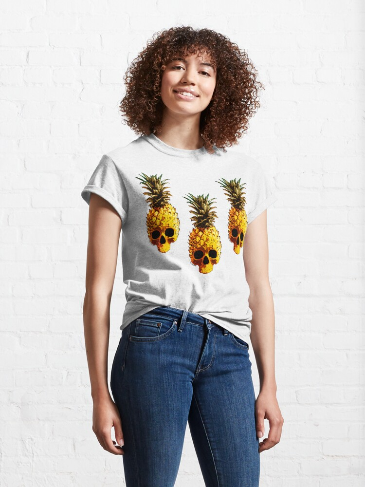 Alternate view of Golden Skull Pineapple - Grunge Fruit Skull Pattern Classic T-Shirt