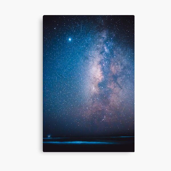 Draconids – Meteor showers over the beautiful milky way Canvas Print