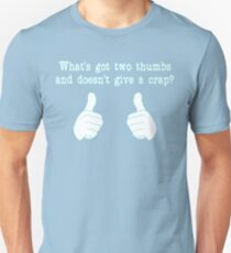What's got two thumbs? T-Shirt