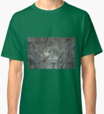 Hungarian Horntail in Green Classic T-Shirt