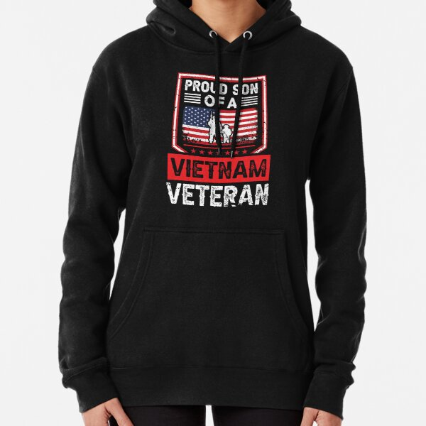 Pround Son Of a Vietnam Veteran Gift for Dad  Pullover Hoodie