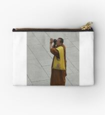 GETTING A PHOTO Studio Pouch