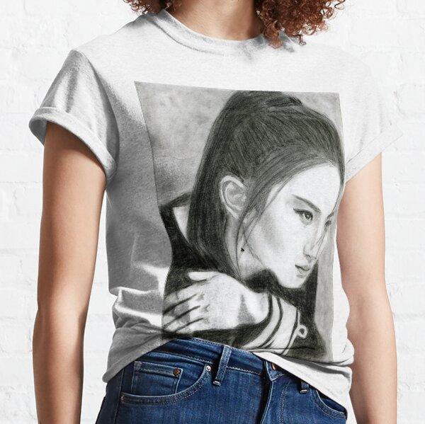 Realistic Liu Yifei Drawing Art -- Liu Yifei Graphite Pencil Classic T-Shirt