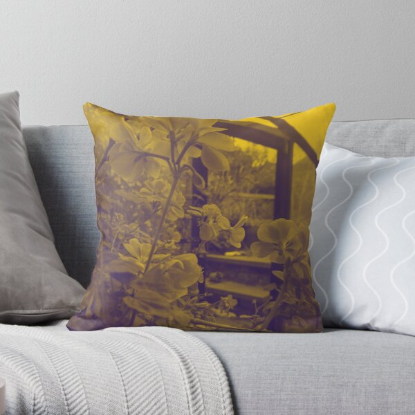 English Garden -  Geranium Yellow Throw Pillow