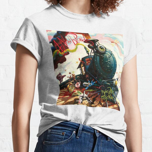 Four Non Blondes Bigger Better Faster More Classic T-Shirt